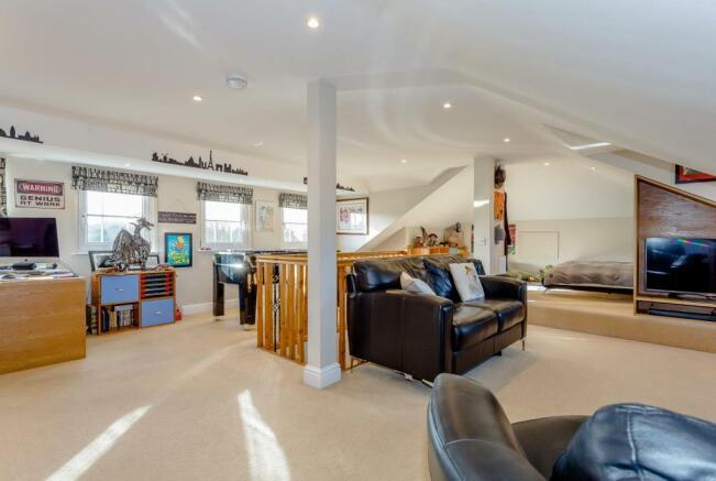 Large Loft Style Bedroom/Playroom