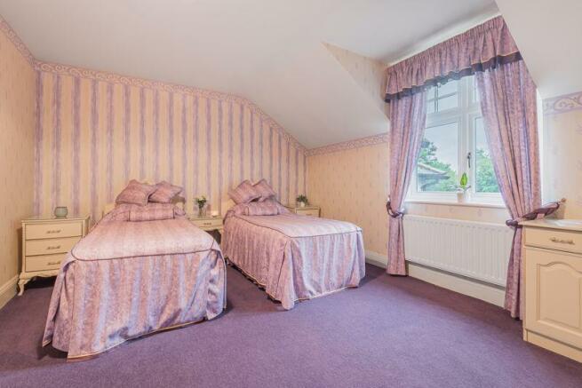 Bedroom, Woodl...