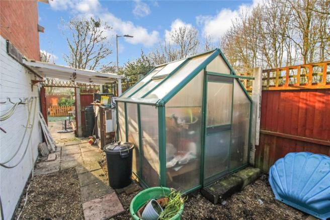 3 Bedroom End Of Terrace House For Sale In Fraser Close