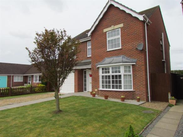 18 Casswell Drive, Quadring - new front photo 3.jp