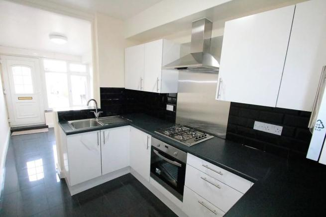 2 Bedroom Apartment To Rent In Thornton Road Thornton