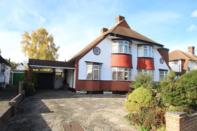 3 Bedroom Semi Detached House For Sale In Nightingale Road Petts