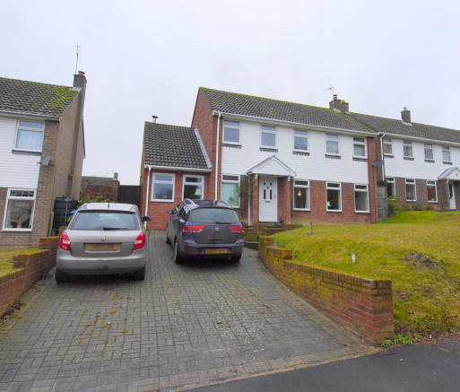 4 Bedroom Detached House For Sale 44266911: 4 Bedroom Detached House For Sale In Brook Hall Road