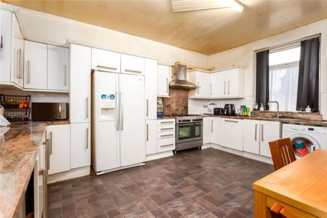 Yorkshire Terrace: 3 Bedroom End Of Terrace House For Sale In Howard Street