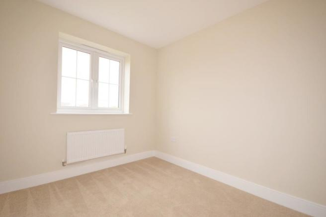Bedroom 2 of house t