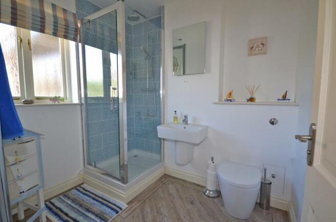 Family Shower Room (