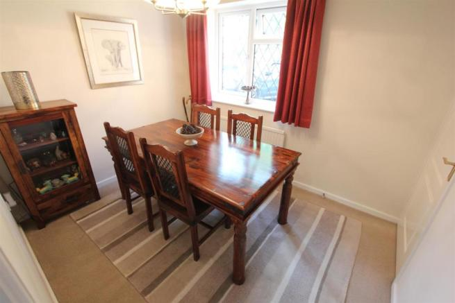Dining room to front