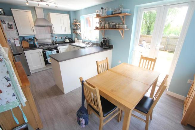 Fitted dining kitchen