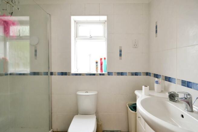 En Siute Shower Room
