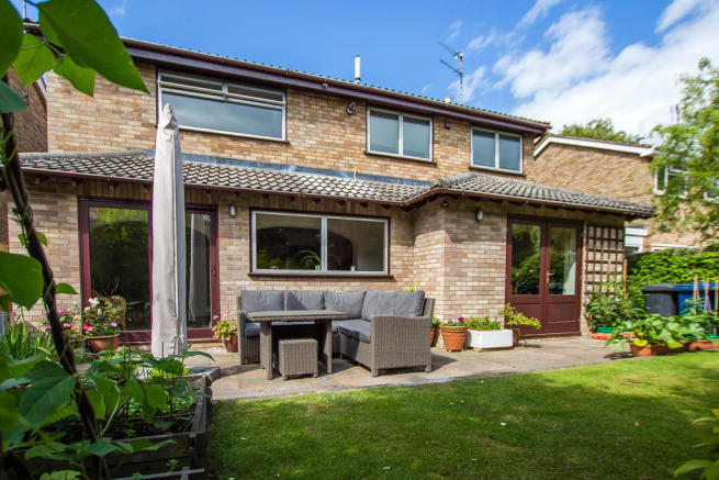 4 Bedroom Detached House For Sale In Cherry Hinton Road Cambridge CB1