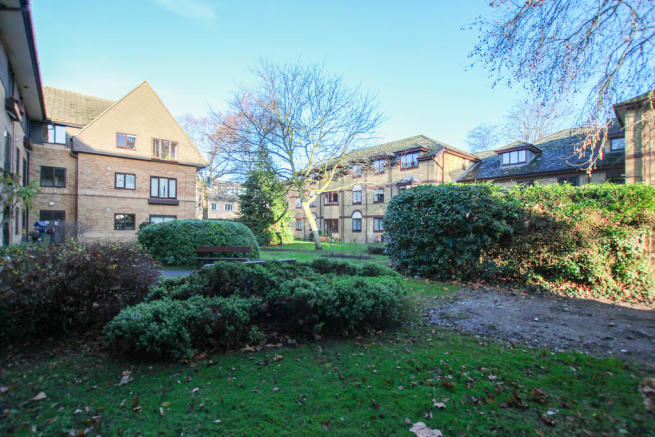 2 Bedroom Apartment For Sale Cherry Hinton Road