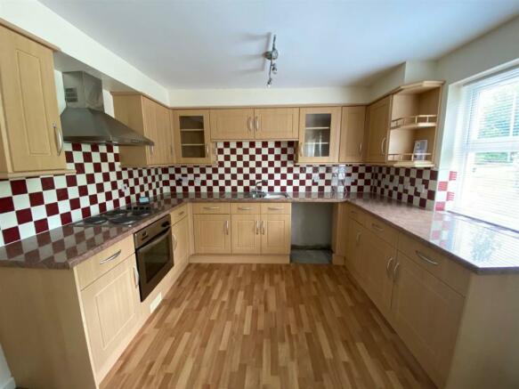 4 enderby kitchen.jpg