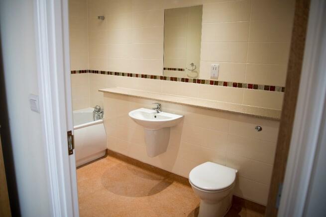 Apt 31 bathroom