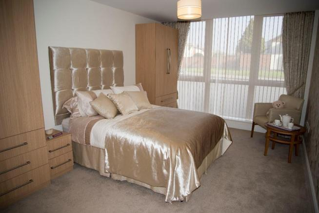 1-bed master