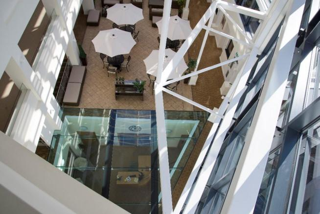 Atrium/Glass roof
