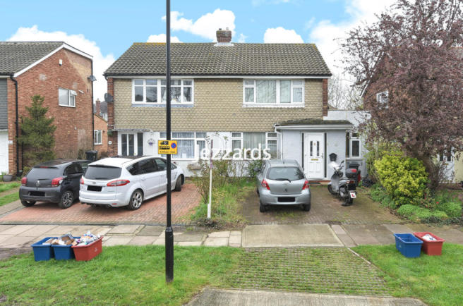 Osborne Close, Hanworth, TW13
