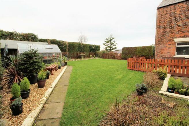 Side Garden (R...