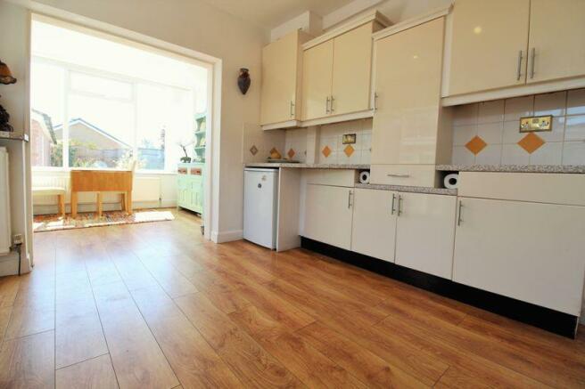 Kitchen into B...