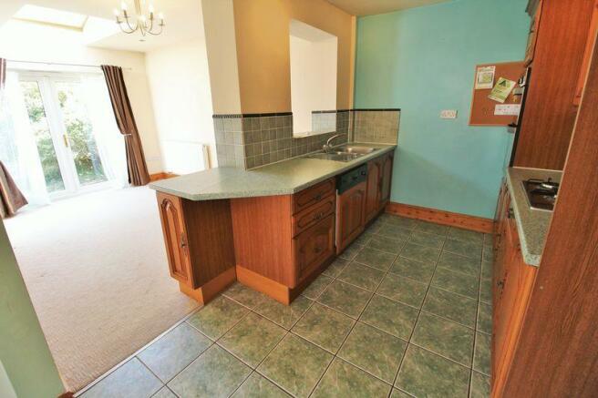Kitchen into R...