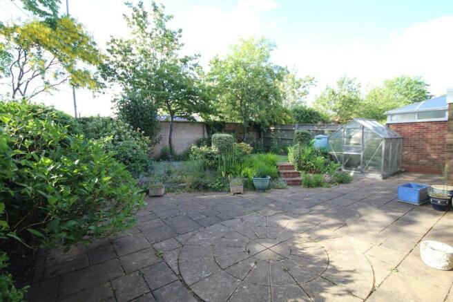 3 Bedroom Detached House For Sale In Tavistock Close