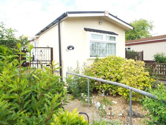 2 Bedroom Mobile Home For Sale In Jacks Hill Park Jacks Hill