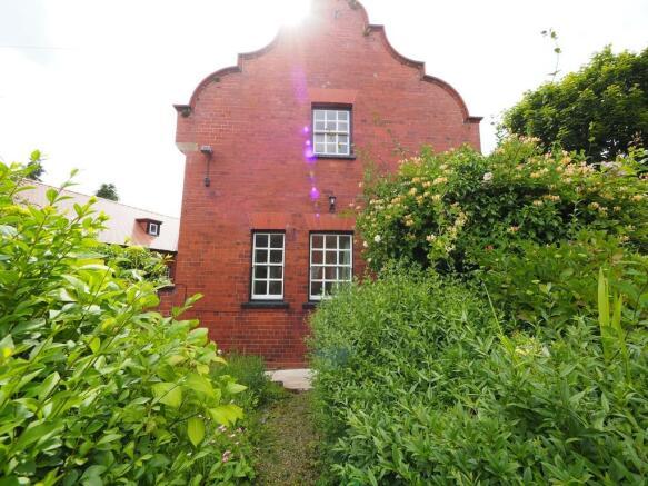 Cottage - Side El...