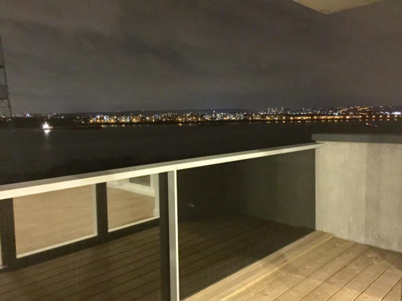 South East facing balcony overlooking the Thames
