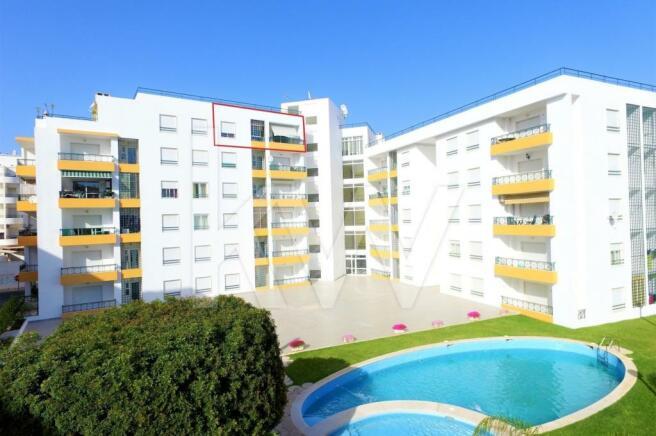 1 Bedroom Apartment For Sale In Algarve Armao De Pera Portugal