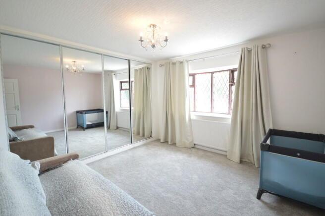 5 Bedroom Detached Bungalow For Sale In Jubilee Lane