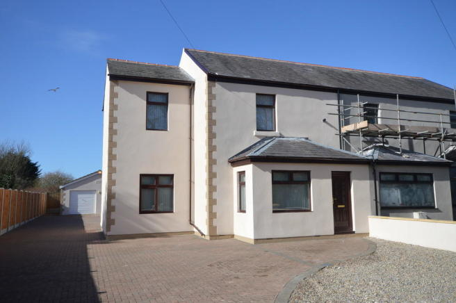 3 bedroom semi-detached house for sale in Docky Pool Lane