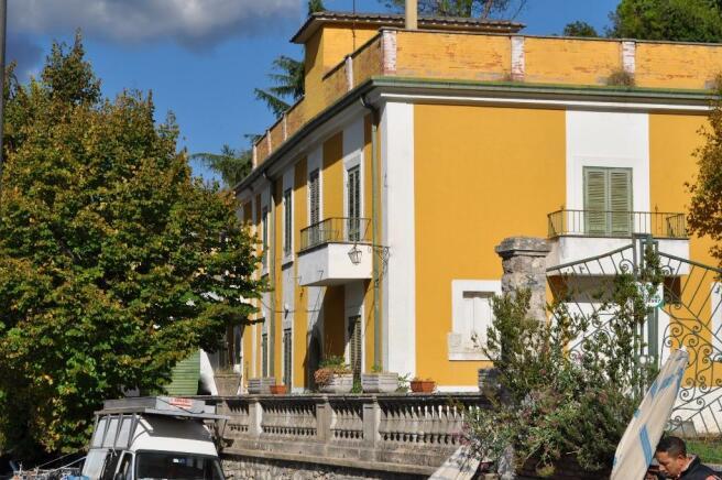 Veroli Villa