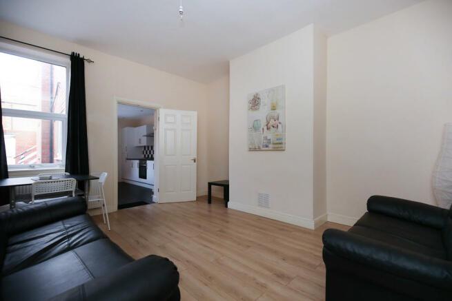 2 Bedroom Ground Floor Flat To Rent In Simonside Terrace Heaton