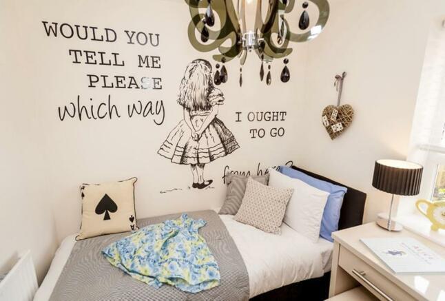 Faringdon single bedroom