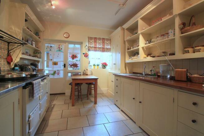Kitchen/Breakfast Room with 'Aga'