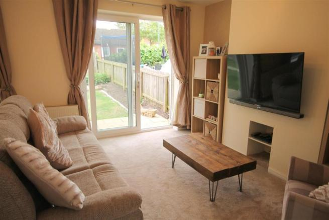 Further Living Room Image