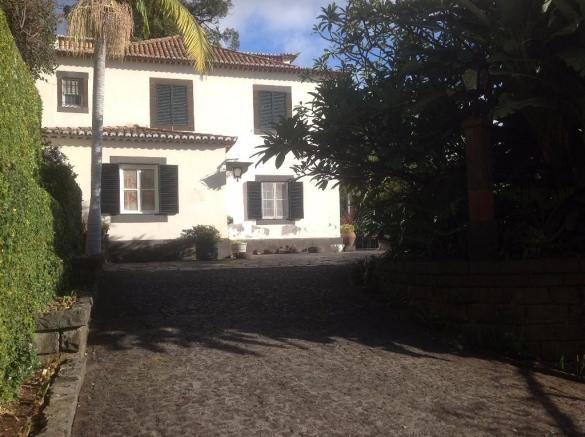 Traditional Quinta