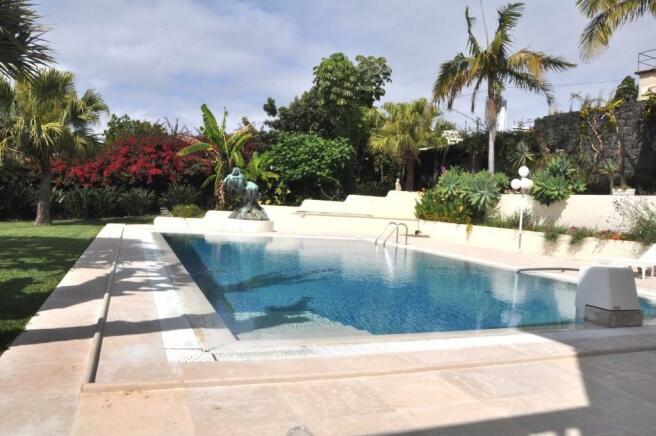15X9m pool