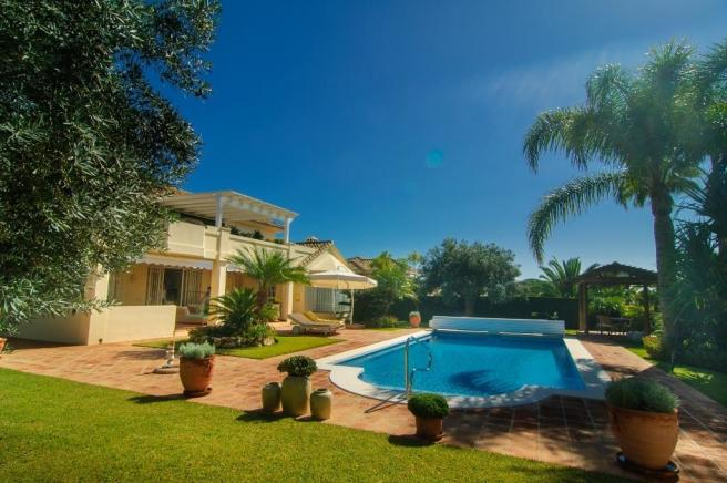 4 pool and garden s