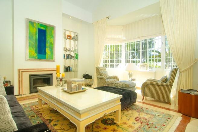 10 living area s
