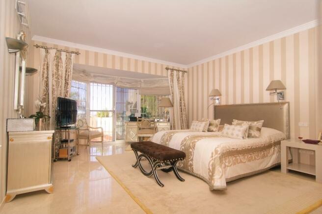 14 master bedroom s
