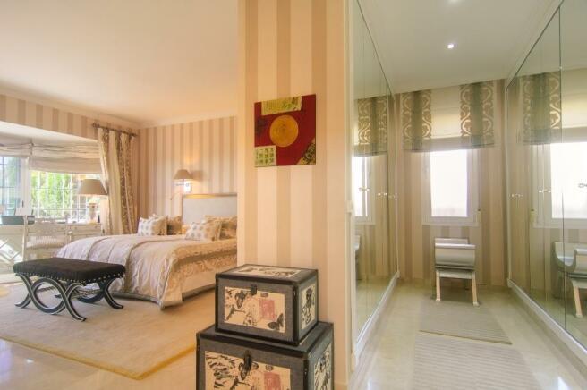 15 master bedroom su
