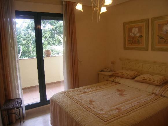 1 (7) main bed