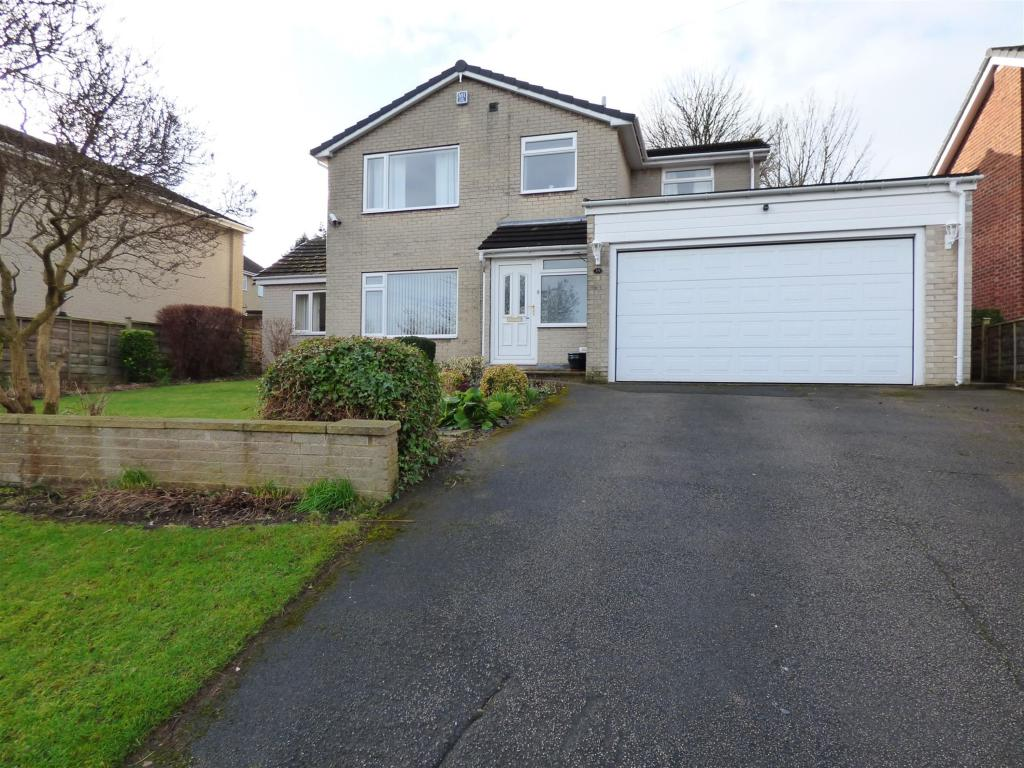4 bedroom detached house for sale - Henley Avenue, Thornhill, WF12 0LN