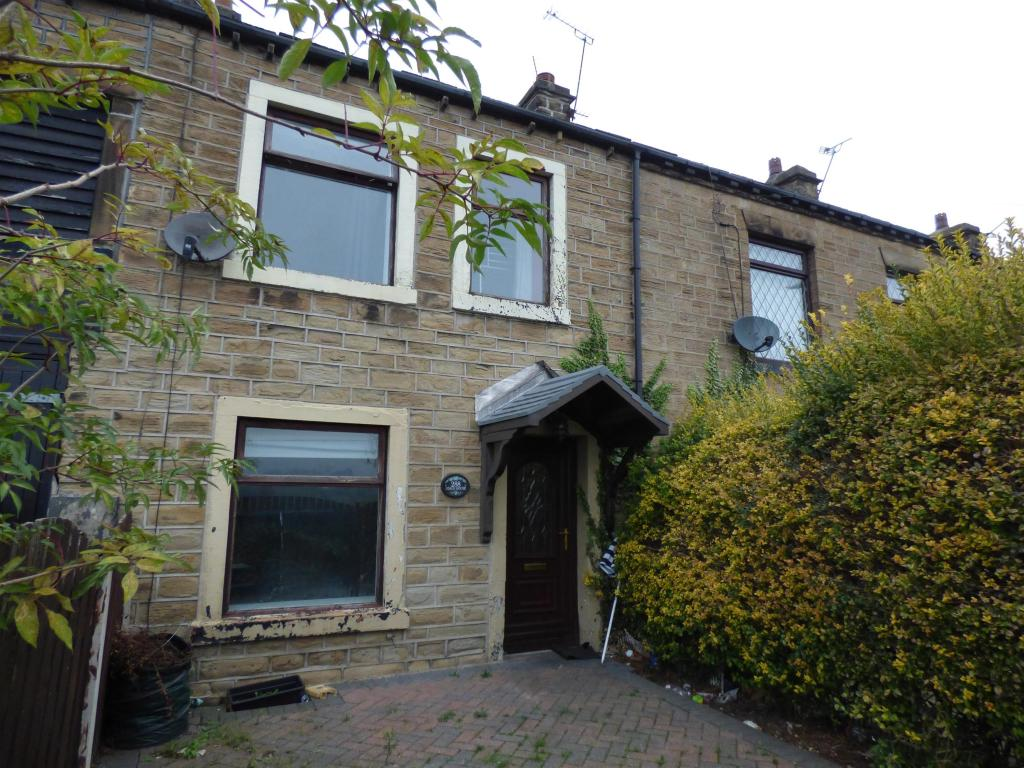 3 bedroom terraced house for sale - Huddersfield Road, Roberttown, WF15 7QQ