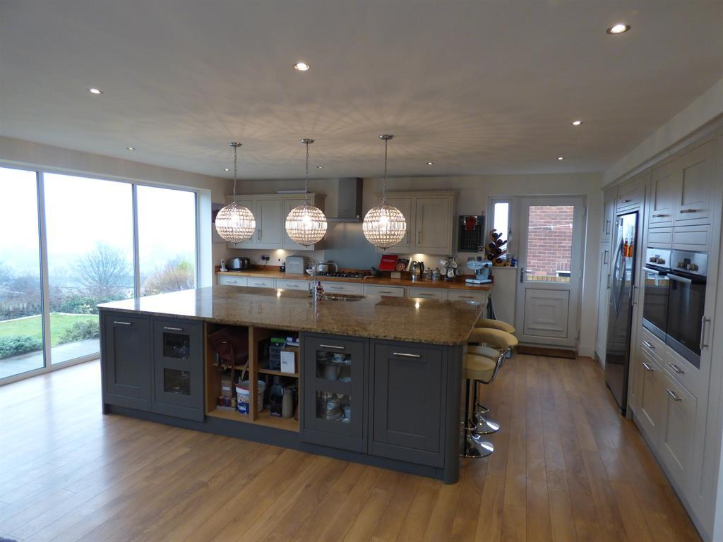 4 bedroom detached house for sale - Hopton Lane, Mirfield, WF14 8JS