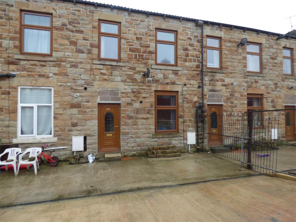 2 bedroom terraced house to rent - Bradford Road, Batley, WF17 8HZ