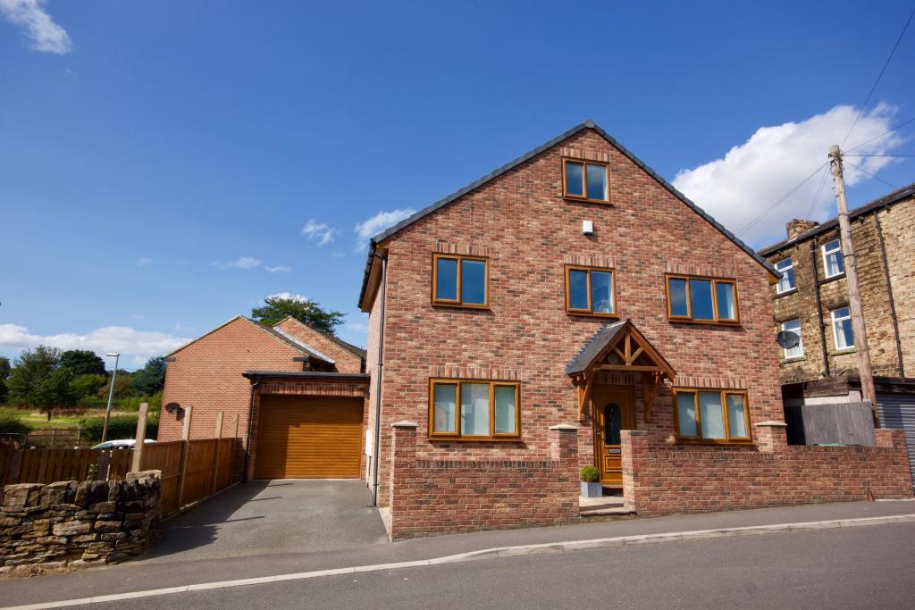 4 bedroom detached house for sale - Camm Lane, Mirfield, WF14 9JQ