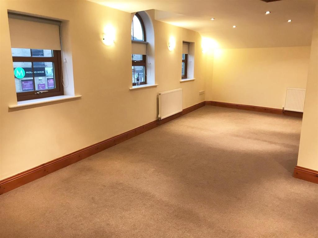 2 bedroom apartment to rent - Huddersfield Road, Mirfield, WF14 8AT