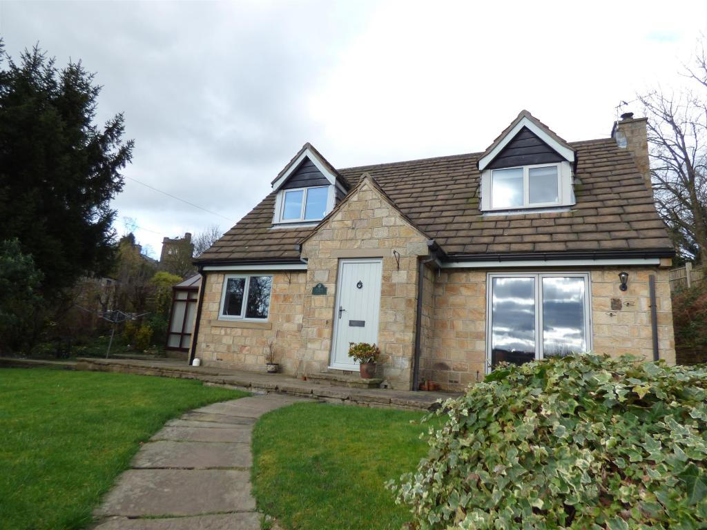 3 bedroom detached house for sale - The Clough, Mirfield, WF14 9DN