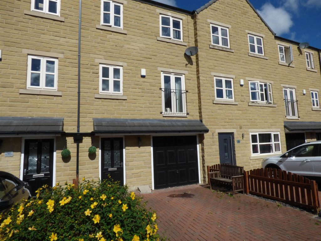 4 bedroom mews house for sale - Southbrook Gardens, Mirfield, WF14 8LS